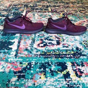 Fun purple Nike Free Run's - size 8